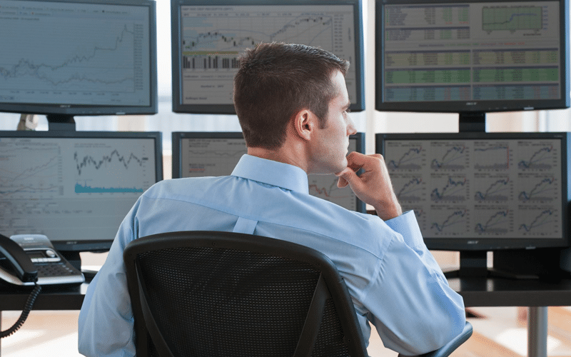 Choose your trading approach: Discretionary Trading or Mechanical System