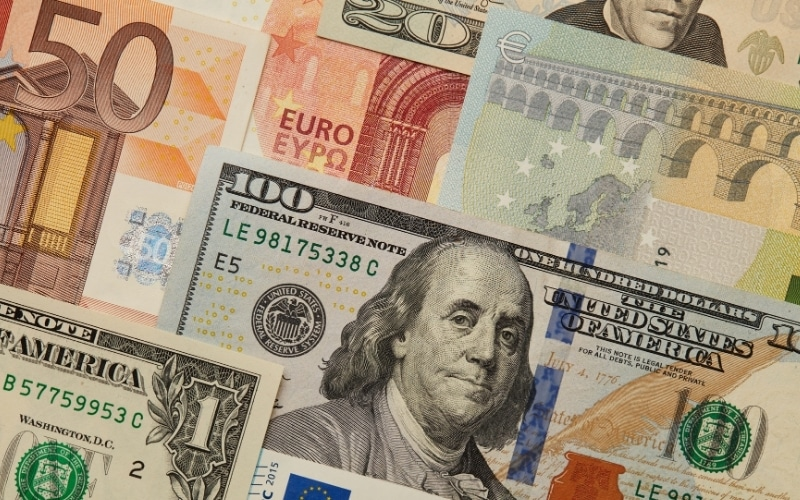 EUR/USD: Trading Pair Weighed Down by Debt Burden