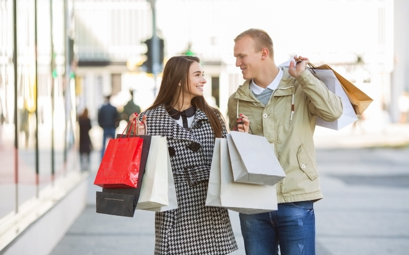 American Consumer Sentiment Climbs to One-Year High