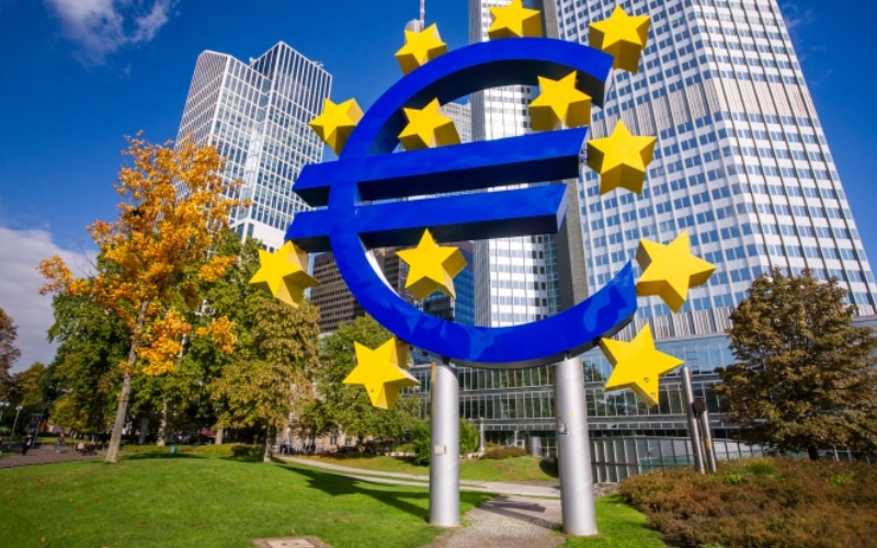 Eurozone Business Activity Expands For First Time In Six Months In March