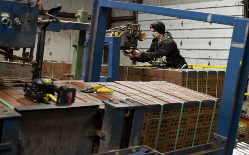 Manufacturing Output Grows to 3-Year High in February