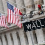 American Stock Futures Slip As Regulators Suspend J&J Vaccine