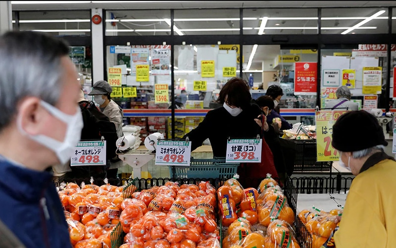 Japan Households' Confidence Marks 8-Year High, Inflation Outlook Up In March