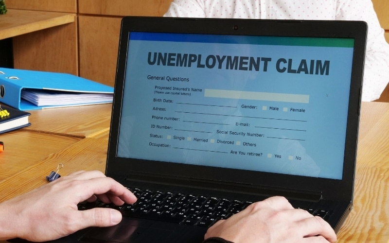 U.S. Unemployment Claims Fall To Lowest Since Pandemic