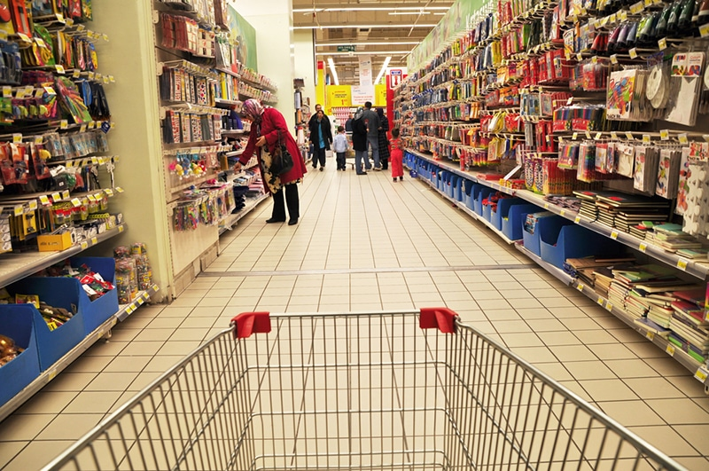 Americans Tighten Belts As Consumer Prices Rise