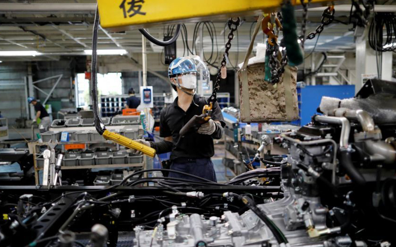 Japan's Private Sector Output Falls Back To Contraction Amid Reimposition Of State Of Emergency