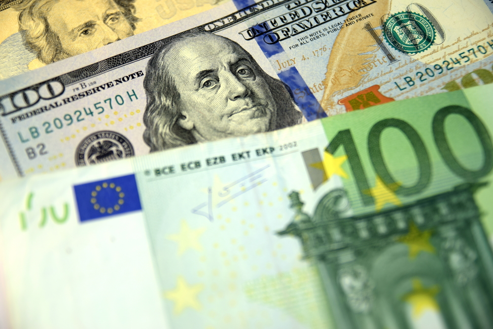 EUR/USD: The Euro Falls on Inflation Concerns Ahead of ECB Monetary Policy Meeting