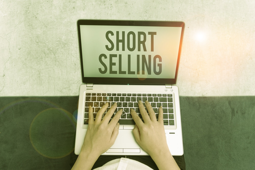 Successful Short Selling in Trading: How Forex Is Different From Stocks