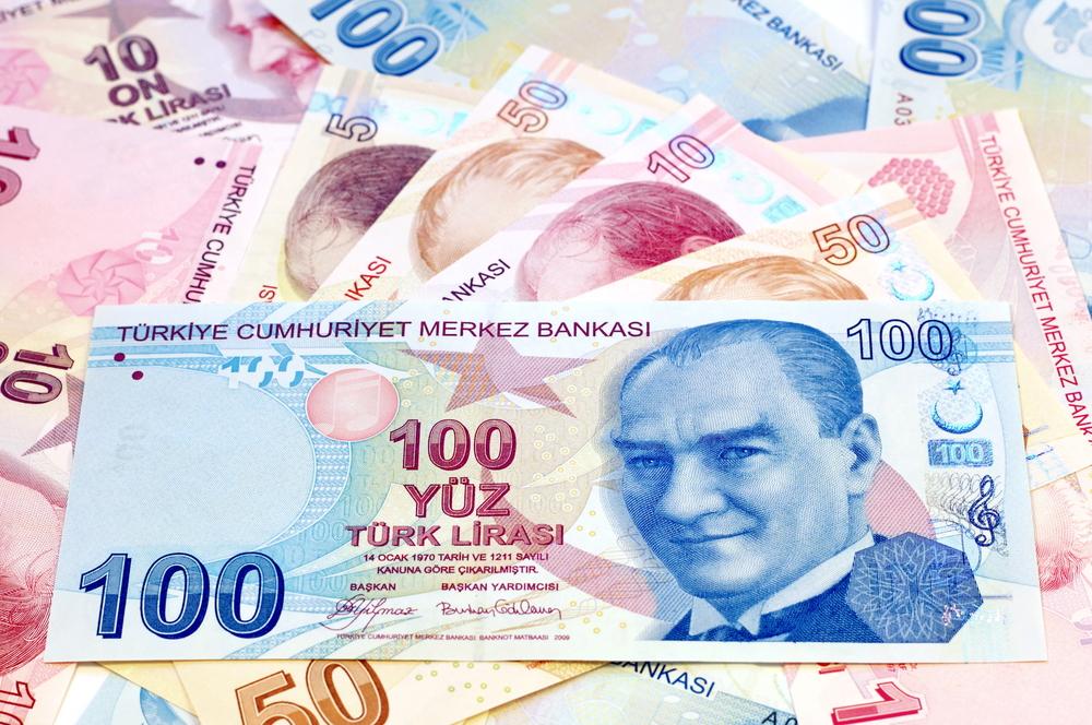 Turkish Lira Advances on Hopes of Missile Spat Resolution