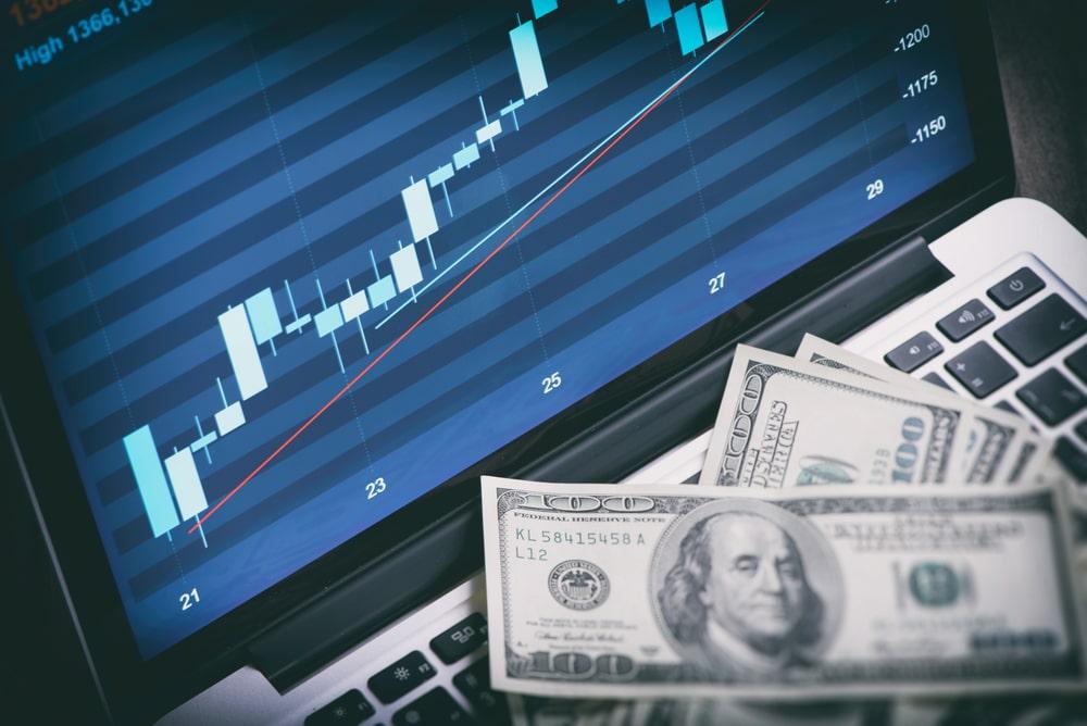 U.S. Wage Gains Fan Inflation Worries