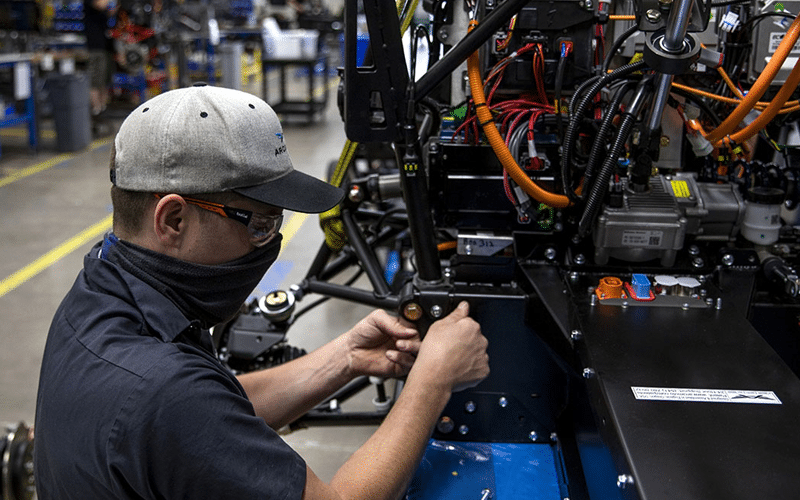 Manufacturing Output Growth Drops to Seven-Month Low