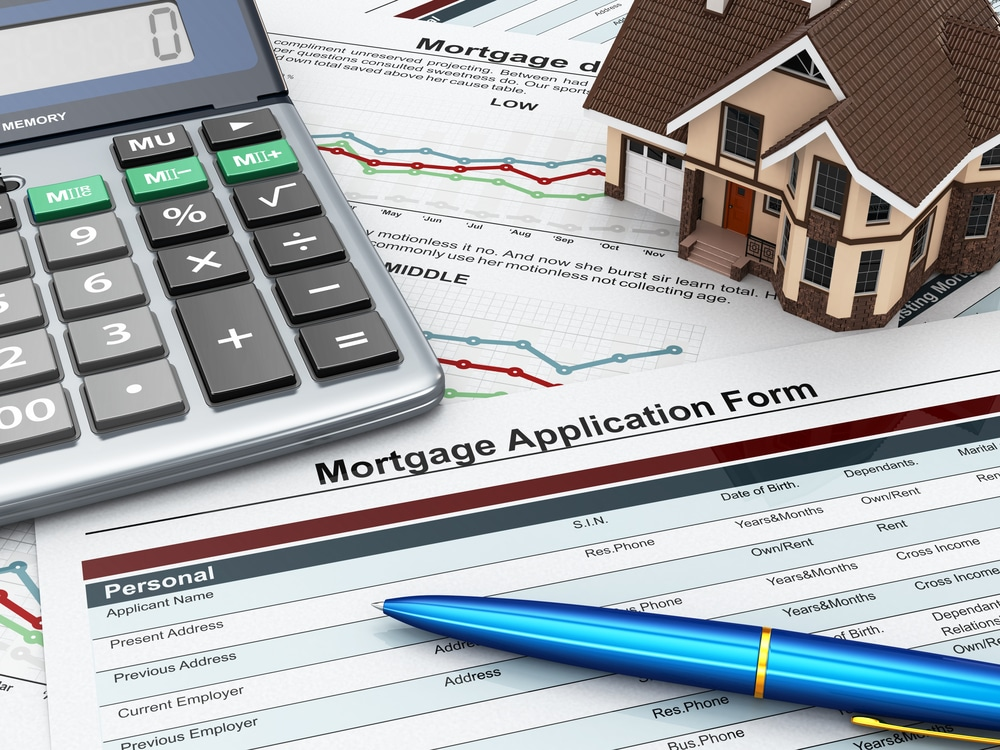 Mortgage Applications Plunge 4.0% amid Concerns of Costly Housing