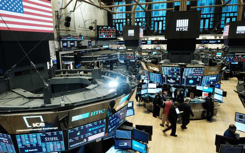 Investors Push US Futures Higher as they Wait for Earnings, More Stimulus Push