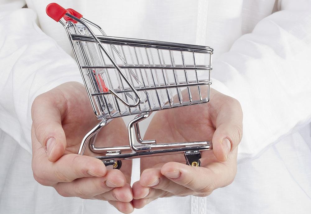 German Economic Uncertainties Push Consumer Sentiment Forecast Down 0.8 Points