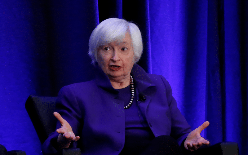 Yellen Reiterates Call for Congress to Hike Debt Limit