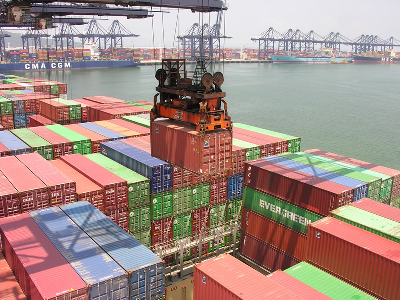 China's Exports and Imports Beat Forecasts. Trade Surplus at $58.34B in August