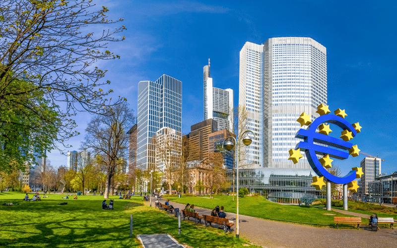 Euro Banks Take Advantage of ECBs TLTROs, Amid Prolonged Negative Rates Warnings