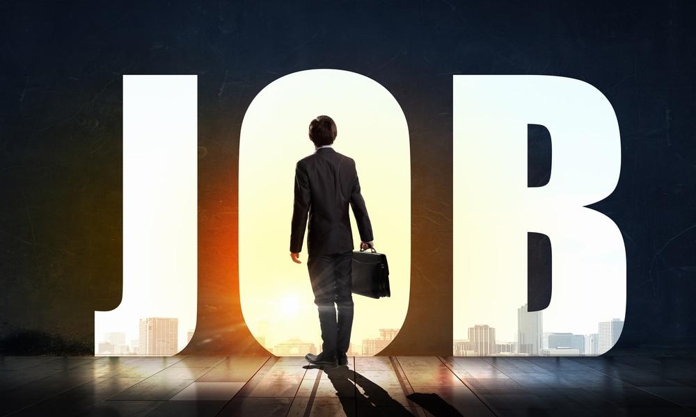 US Job Openings Slip to 10.439 Million in August